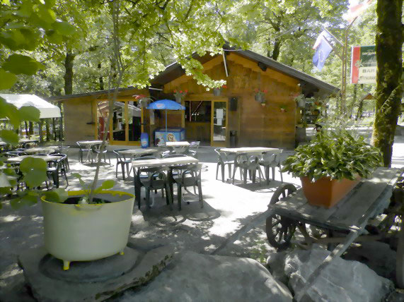 camping saint martin sur la chambre campsite le bois joli